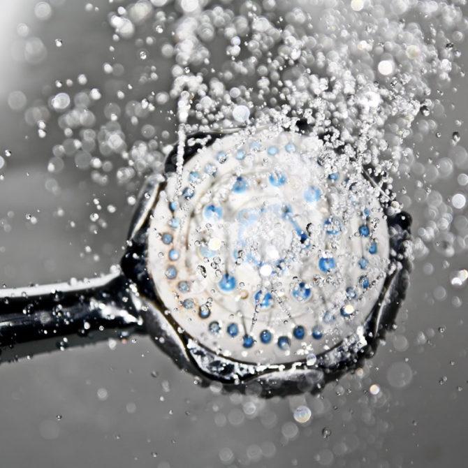 Tips para ahorrar agua en el baño