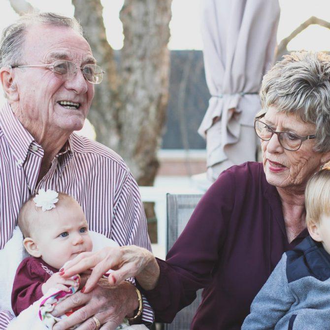 ¿Por qué celebramos el Día del Abuelo?
